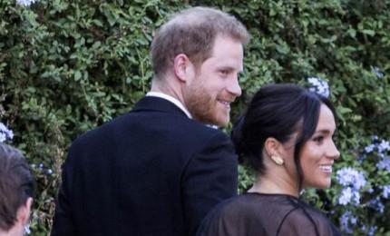 """E' nata la figlia del principe Harry e di Meghan Markle. La regina """"lieta"""""""