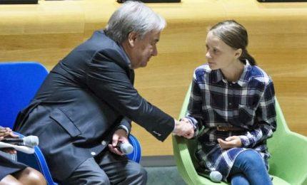 """Clima, impegno di 77 paesi a ridurre emissioni entro 2020. Greta all'Onu: """"Avete rubato i miei sogni"""""""