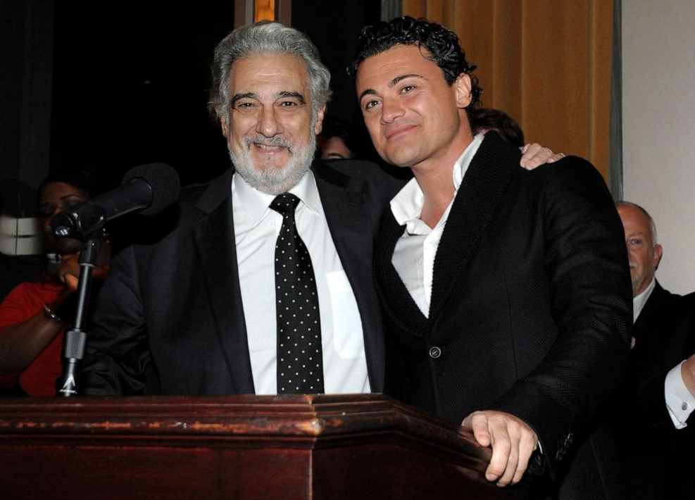 Molestie, Grigolo sospeso da Royal Opera House e stop Domingo al Metropolitan