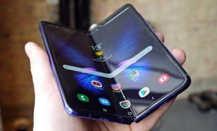 Il Samsung Fold arriva nei negozi, ma solo in Corea del Sud