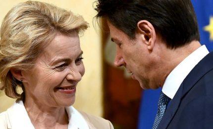 """Conte: consonanza con von der Leyen, chi non collabora sui migranti paga un """"grave prezzo"""" finanziario"""
