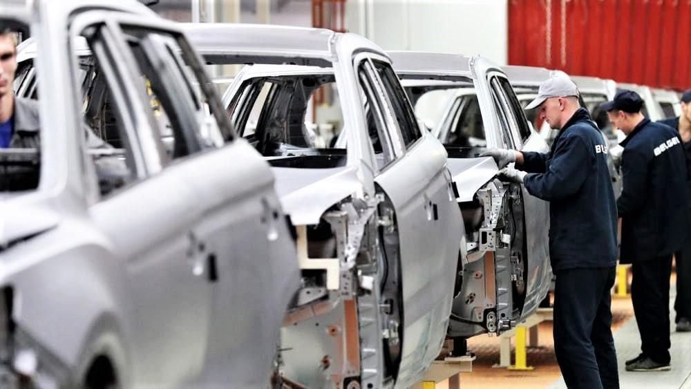 """Industria auto europea lancia l'allarme, Brexit """"no deal"""" sarebbe un terremoto"""