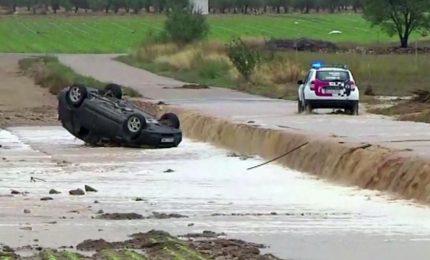 Piogge torrenziali e inondazioni, si contano tre morti in Spagna