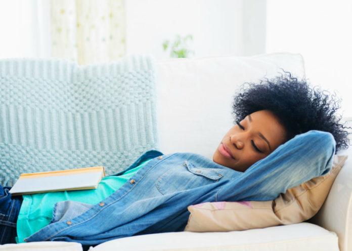 Fare il pisolino può ridurre rischio infarto