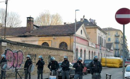 Arresti tra anarchici dopo gli scontri per sgombero Asilo