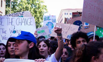 Climate change e grandi navi, ambientalisti occupano red carpet
