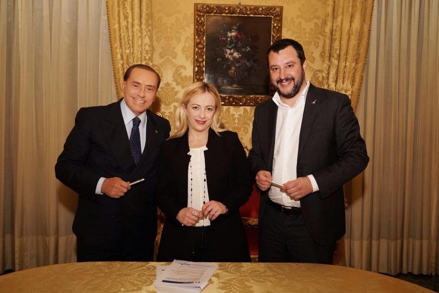 """Vertice Berlusconi-Salvini-Meloni: """"Al lavoro per le politiche"""". Verso piazza unitaria a Roma"""