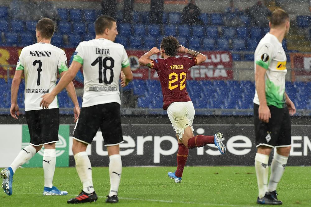 Europa League: rigore beffa al 95′, per Roma solo un pari