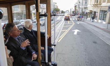 Mattarella visita San Francisco a bordo del tram