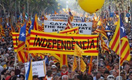 Catalani ancora in piazza, Barcellona non si arrende