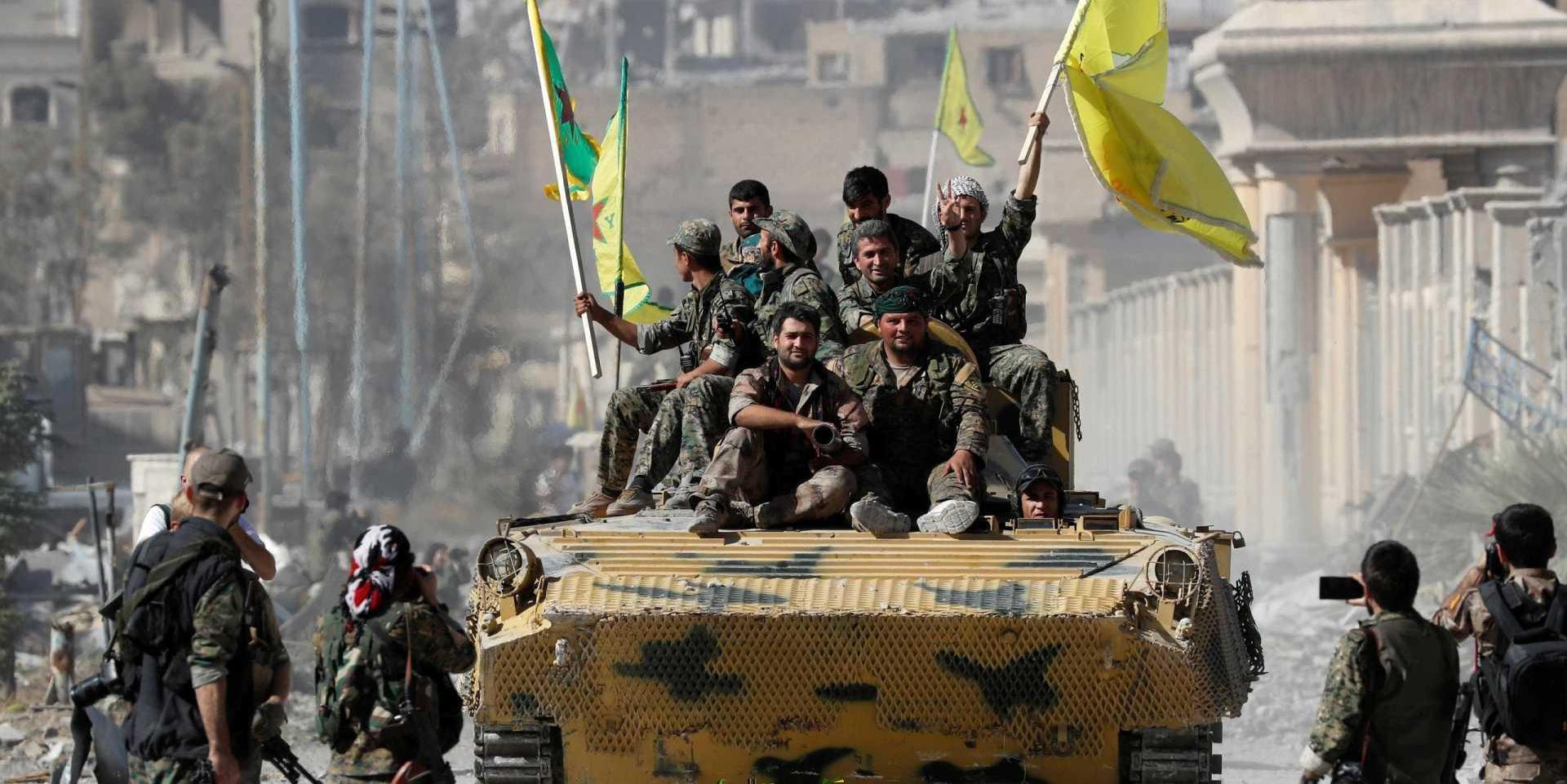 """Siria, i curdi si ritirano ma resta nodo """"zona di sicurezza"""". Trump: """"Il cessate il fuoco sta reggendo molto bene"""""""