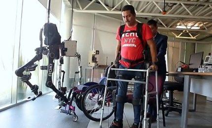 L'esoscheletro Roki permette ai disabili di camminare