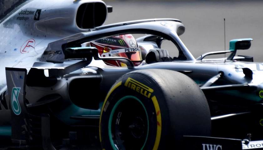 Gp Russia: Hamilton in pole, Ferrari lontane