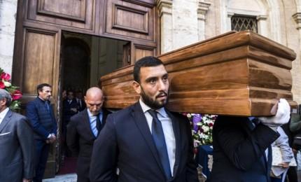 L'ultimo saluto a Bonaiuti, il tributo di politici e giornalisti