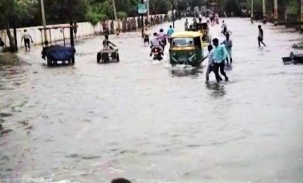 India, 140 morti a causa delle inondazioni per ritardo monsone