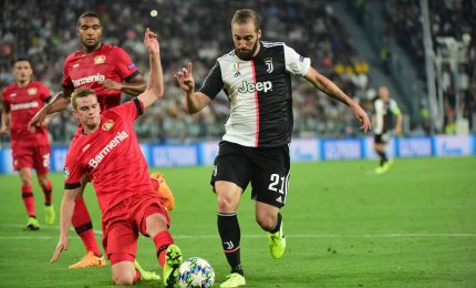 Champions: Juve non si distrae, super Higuain e Bayer ko