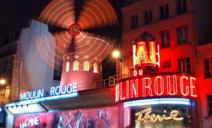 Il celebre Moulin Rouge festeggia i suoi 130 anni
