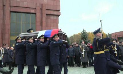 La Russia dice addio ad Alexej Leonov, primo spacewalker
