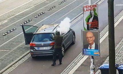 Germania sotto shock, killer neonazista cercava strage in sinagoga