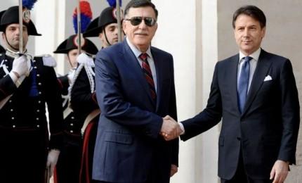 Libia, il governo di Tobruk avverte l'Italia: con Sarraj arrivano i migranti