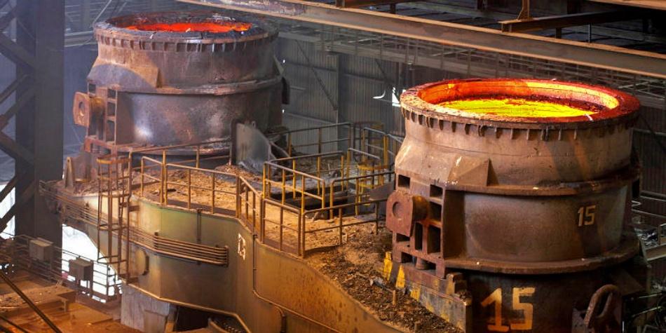 ArcelorMittal pronta a lasciare Taranto per un miliardo, governo smentisce