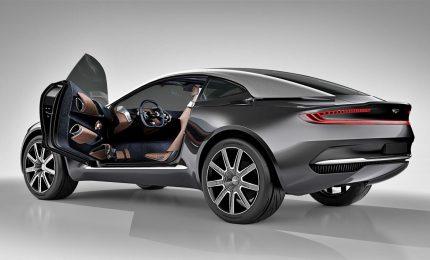 Aston Martin, da James Bond al suo primo Suv