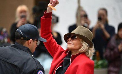 Manifesta per il clima, quarto arresto in un mese per Jane Fonda