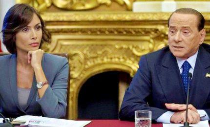 """L'ultimatum di Berlusconi alla Carfagna: """"Decida se restare o andare via..."""" L'Opa di Renzi su Forza Italia"""