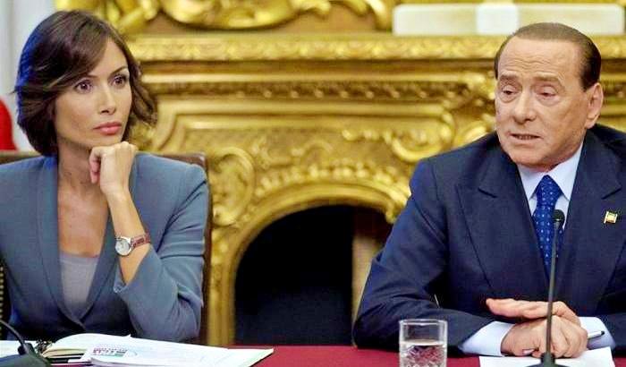 """L'ultimatum di Berlusconi alla Carfagna: """"Decida se restare o andare via…"""" L'Opa di Renzi su Forza Italia"""