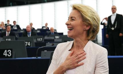 """Europarlamento vota fiducia a nuova Commissione von der Leyen: """"Maggioranza forte, può guidare cambiamento"""""""