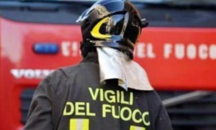 Esplode fabbrica di fuochi pirotecnici, 5 morti. Si indaga per strage