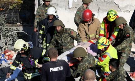 Albania, nuova scossa magnitudo 5,6. Bilancio sale a 31 morti. Il presidente Meta ringrazia l'Italia