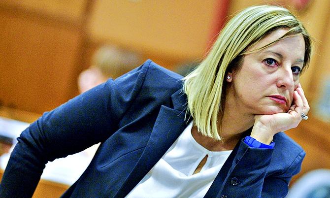 """Tensioni nel M5s,  la Lombardi attacca Di Maio: """"Non condivido il suo atteggiamento"""""""
