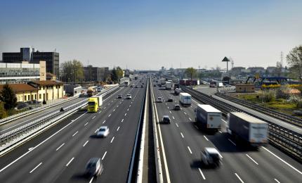 """Autostrade per l'Italia, norma concessioni """"profili incostituzionali"""""""