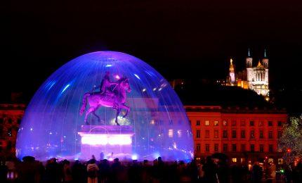 La città di Lione si illumina con la Fete des Lumières