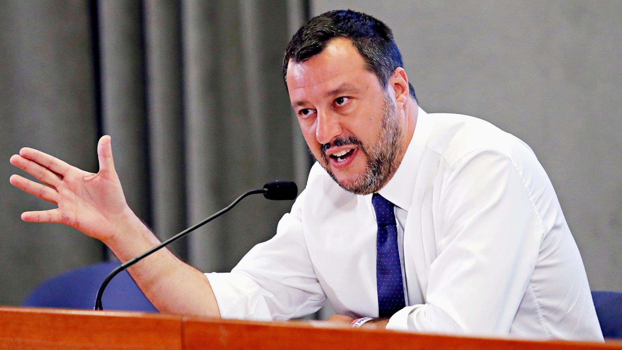 Abuso di potere, Tribunale dei ministri accusa Salvini