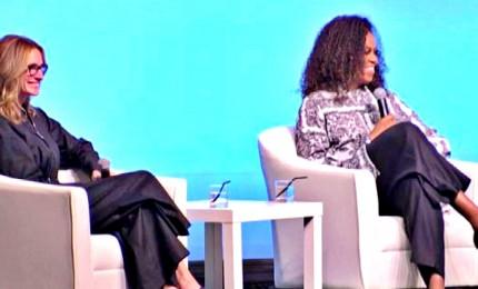 Michelle Obama e Julia Roberts insieme per la parità di genere
