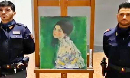 Nascosto in una intercapedine il quadro rubato di Klimt