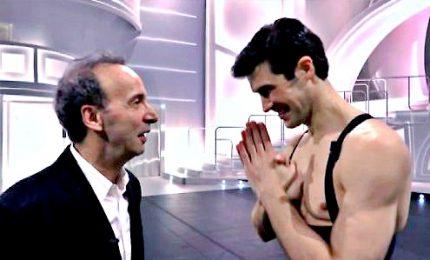 Ironia, spettacolo e bellezza con Roberto Bolle in Danza con me