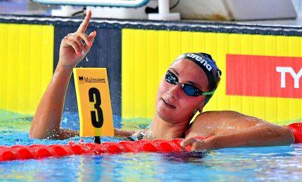 Trionfo Quadarella nei 25 m, Caramignoli terza. Pellegrini in finale dei 100