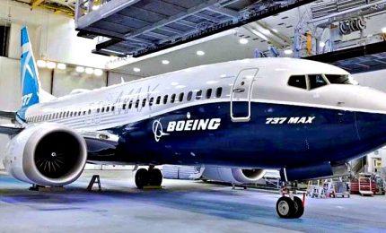 Boeing sospende la produzione del 737 Max da gennaio. Trema l'economia Usa