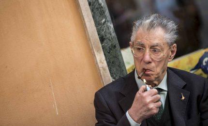 Offesa a Capo dello Stato, Mattarella firma la grazia per Bossi