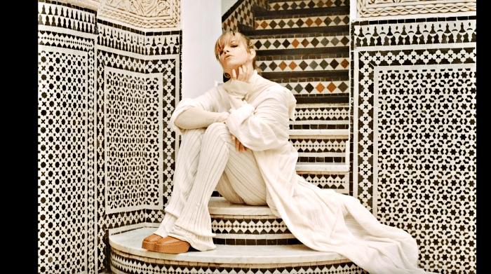 """""""Stupida allegria"""", il nuovo video di Emma girato a Marrakech"""