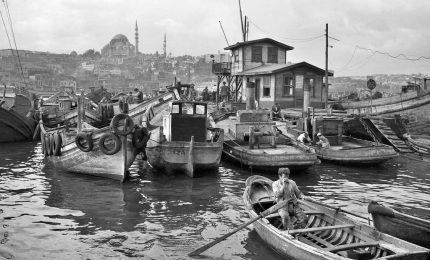 Istanbul nelle foto in bianco e nero di Ara Gueler