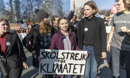 Greta Thunberg partecipa alla marcia per il clima in Svizzera