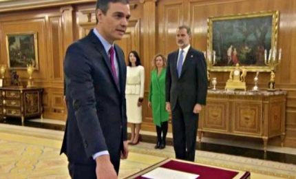 Pedro Sanchez di nuovo premier, giura davanti al Re