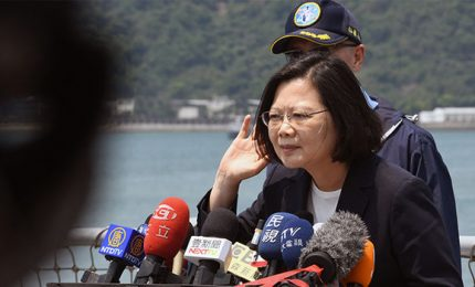 Taiwan oggi al voto, con alle spalle l'ombra minacciosa di Pechino