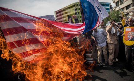 """""""Vendetta"""" Soleimani, Iran lancia razzi su basi militari Usa in Iraq. Khamenei, non è finita"""