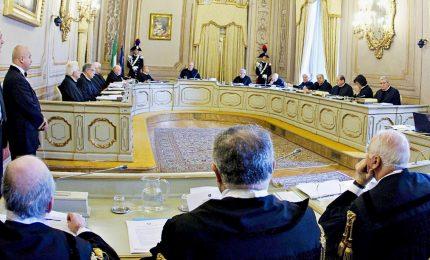 Consiglio dei ministri impugna la legge sui vitalizi in Sicilia, deciderà Consulta