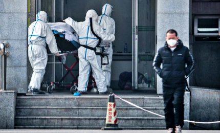 """Paura """"New China virus"""", Wuhan isolata e controlli a Fiumicino. Primo caso di contagio a Singapore"""